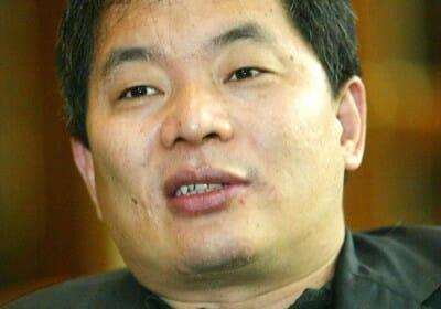 Greentown China sells 162 mil shares to Wharf
